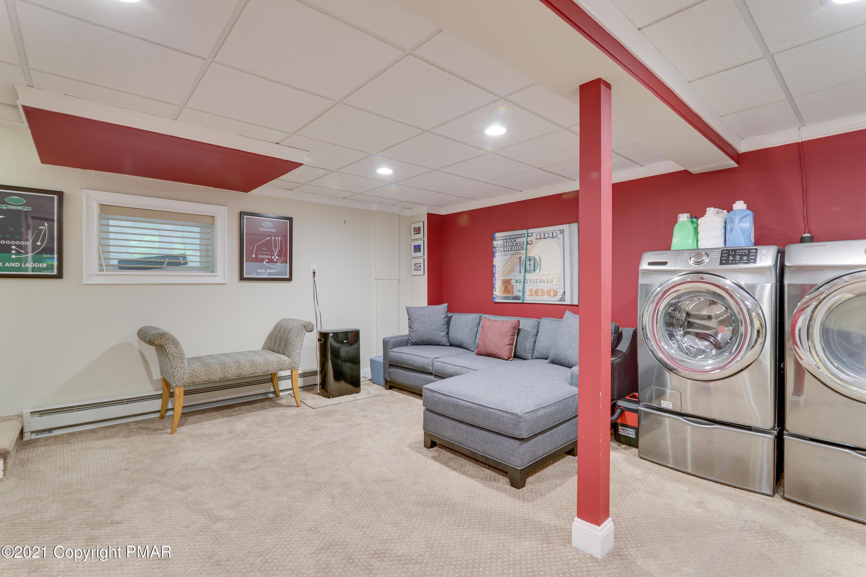 113 Sunset Dr. Property Photo 14