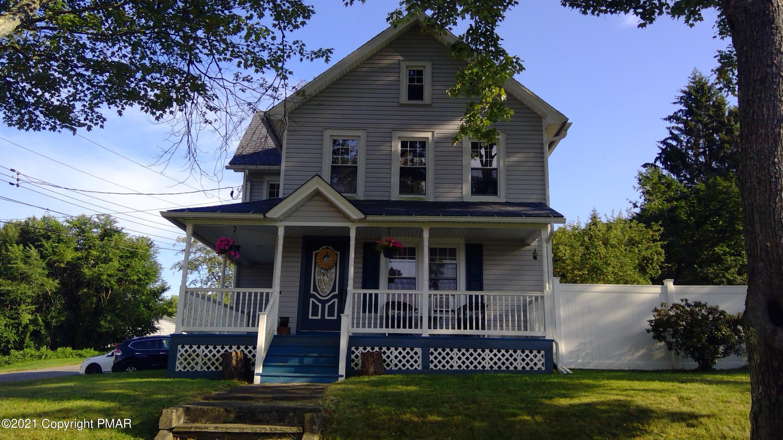 371 Pine St Property Photo