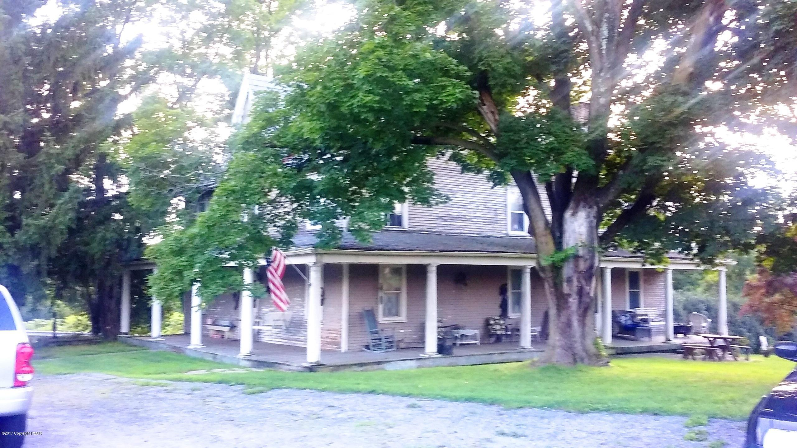 1868 E Blakeslee Boulevard Dr Property Photo 1
