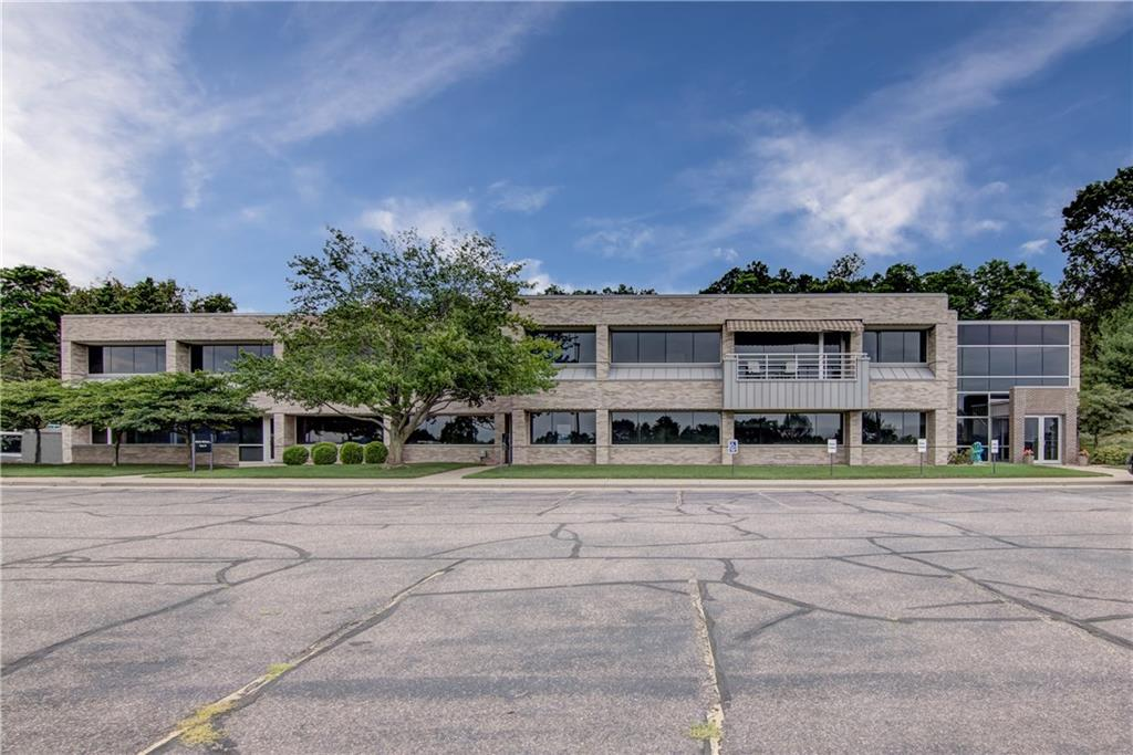 3300 Birch Street Property Photo - Eau Claire, WI real estate listing