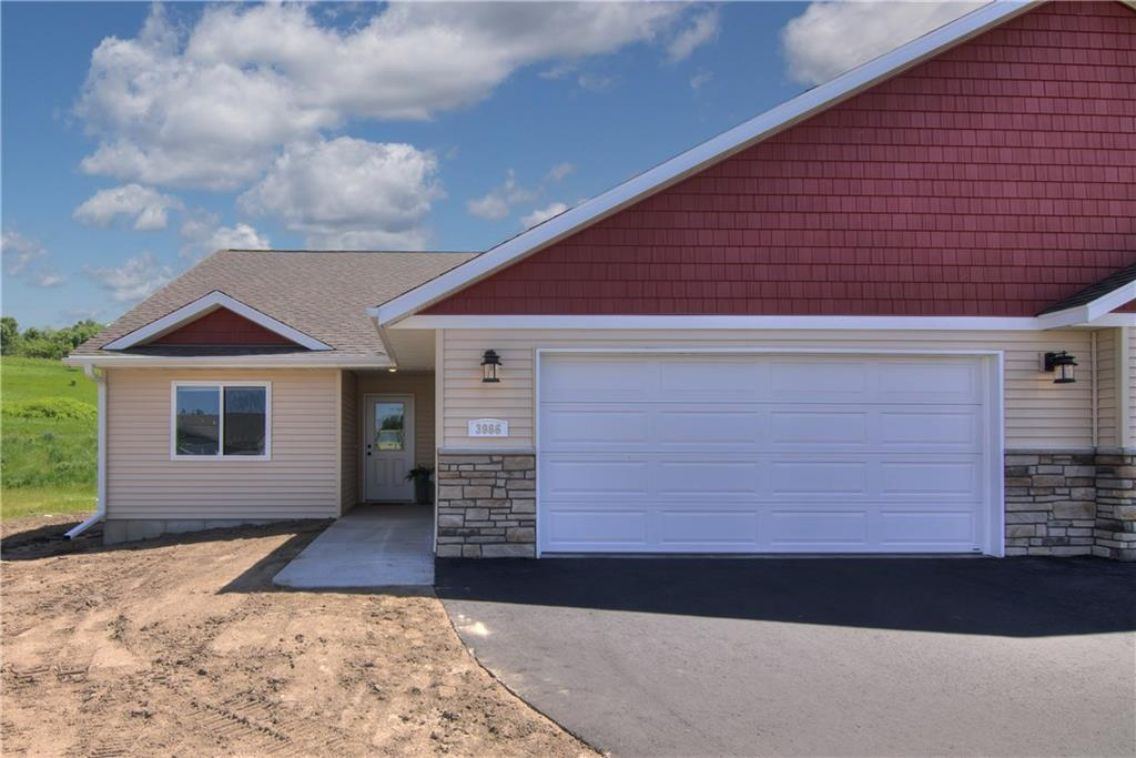 3953 Nicholas Drive Property Photo