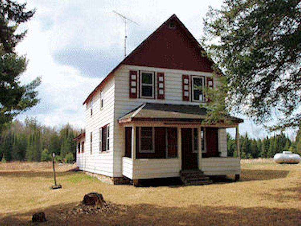 20055 Bay Rd Property Photo - Glidden, WI real estate listing