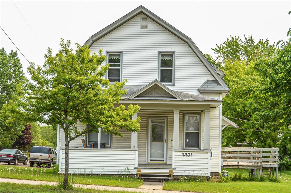 2231 3rd Street #2 Property Photo