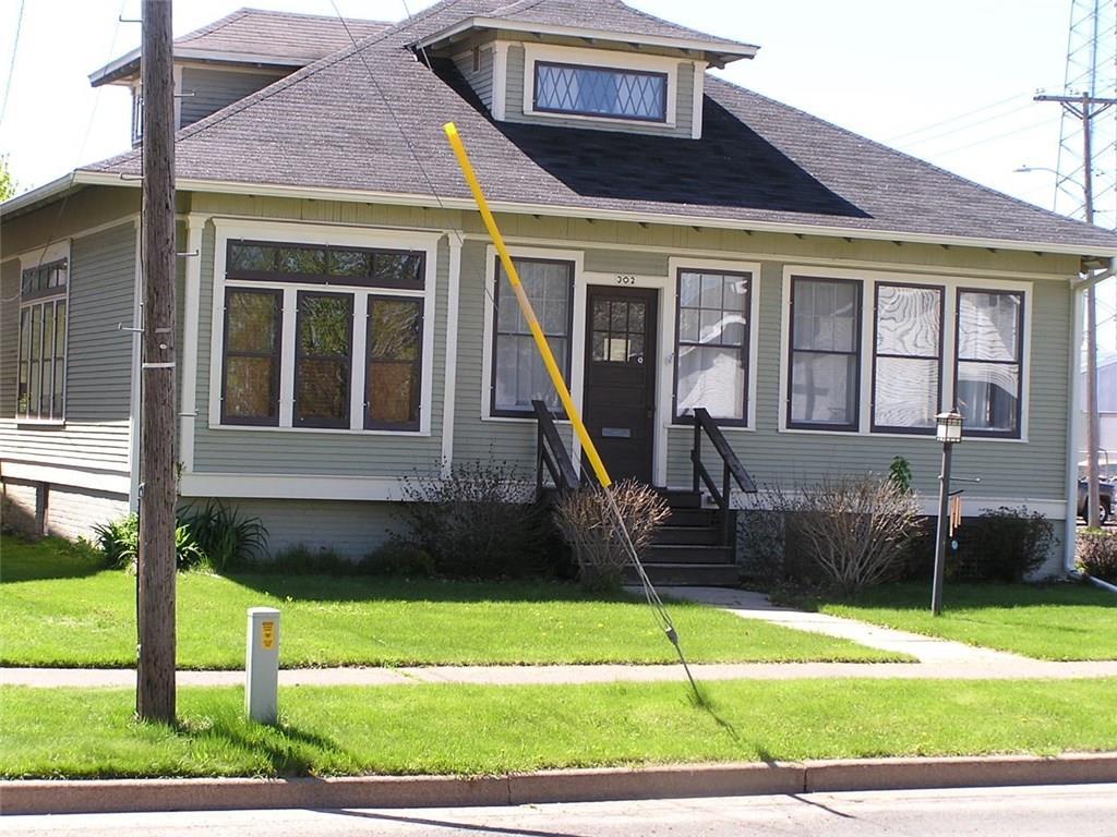302 W 2nd Street S Property Photo