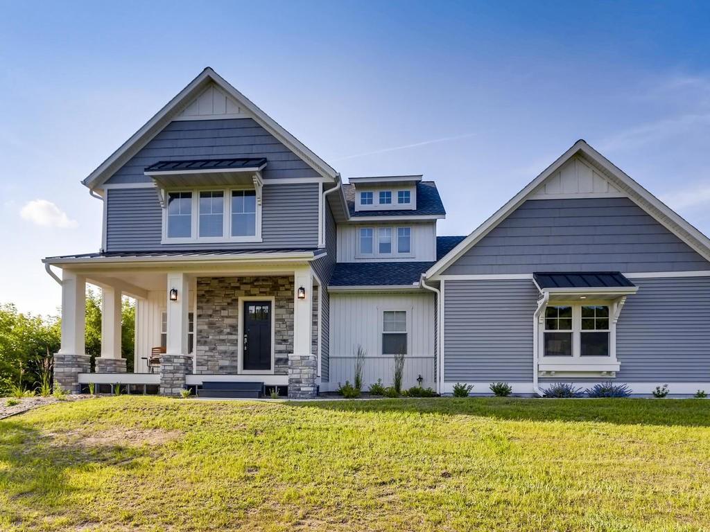 426 Lost Rock Lane, Hudson, WI 54016 - Hudson, WI real estate listing