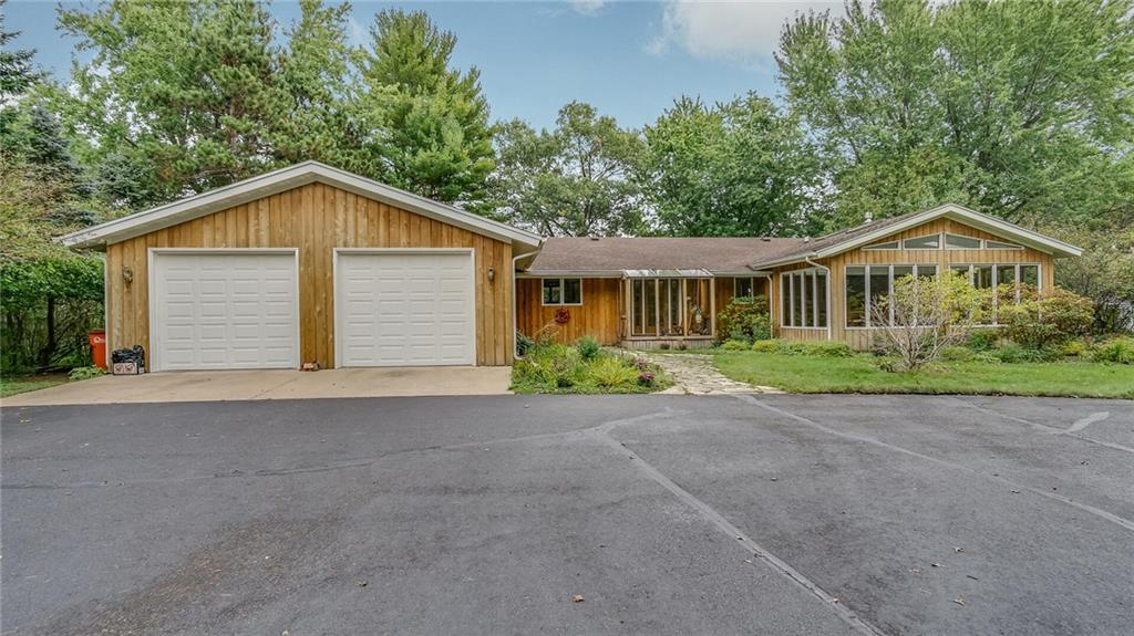 611 N Moonlight Drive, Altoona, WI 54720 - Altoona, WI real estate listing
