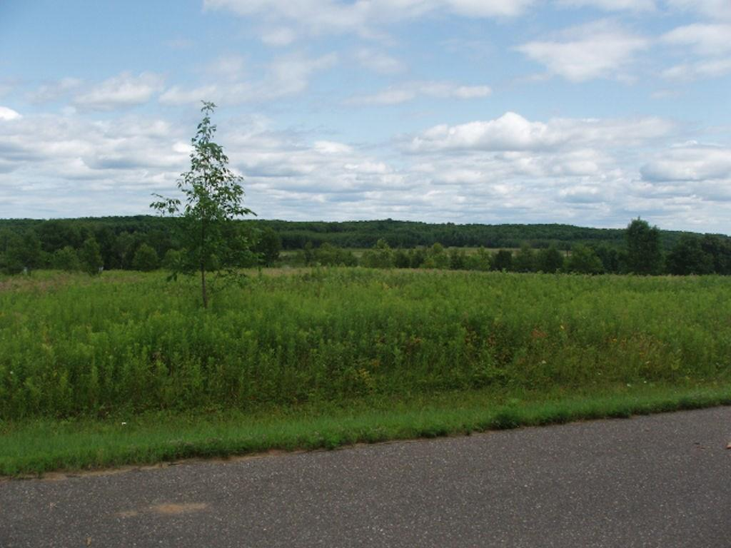 On Margaret Ln Property Photo