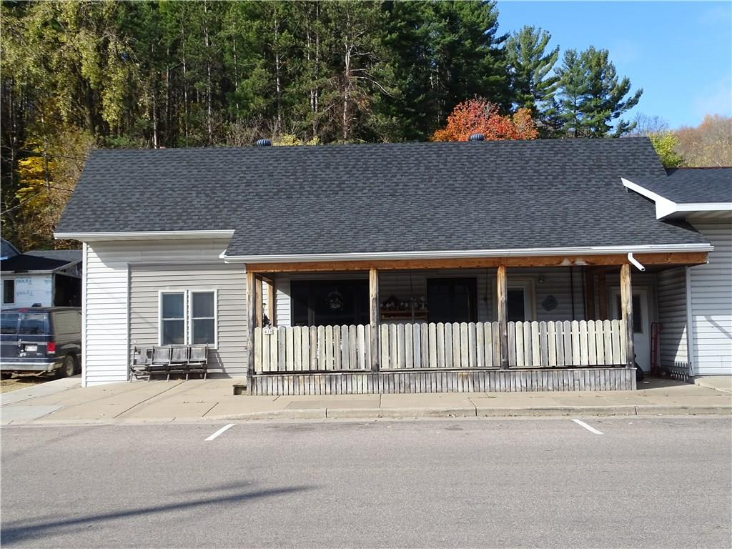 416 Main Street Property Photo - Plum City, WI real estate listing
