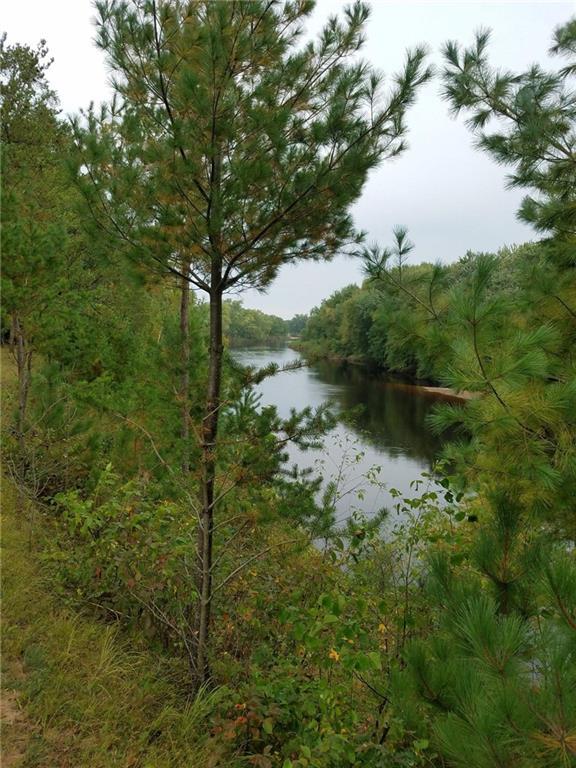E23160 Gravel Pit Prdr Property Photo