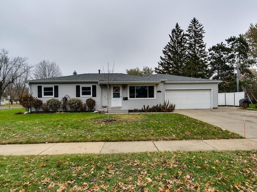 303 Willson Drive, Altoona, WI 54720 - Altoona, WI real estate listing