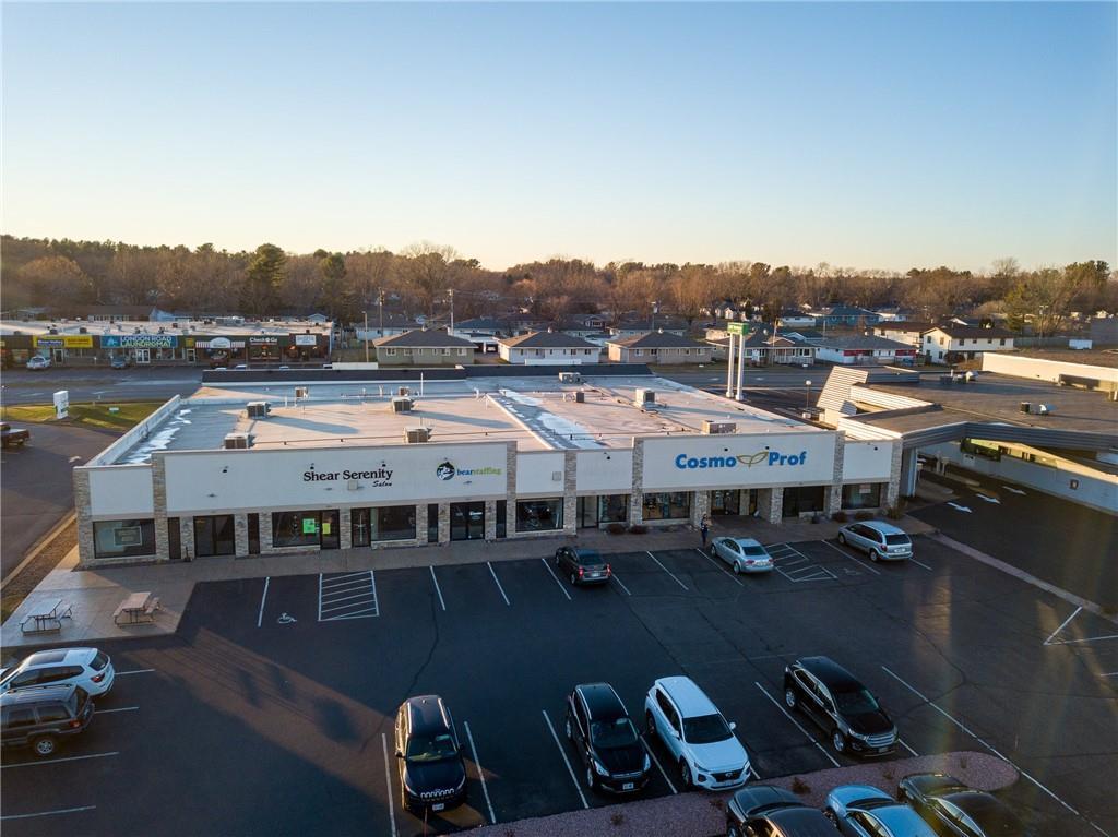 2734 Mall Drive Property Photo 1