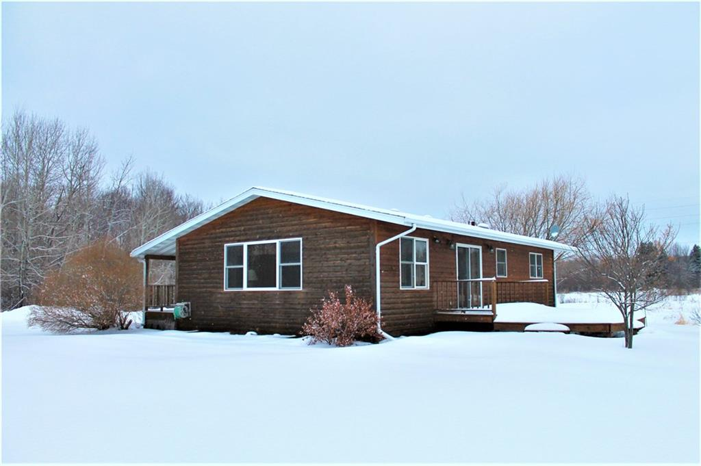 13489 Hoffman Road Property Photo - Grantsburg, WI real estate listing