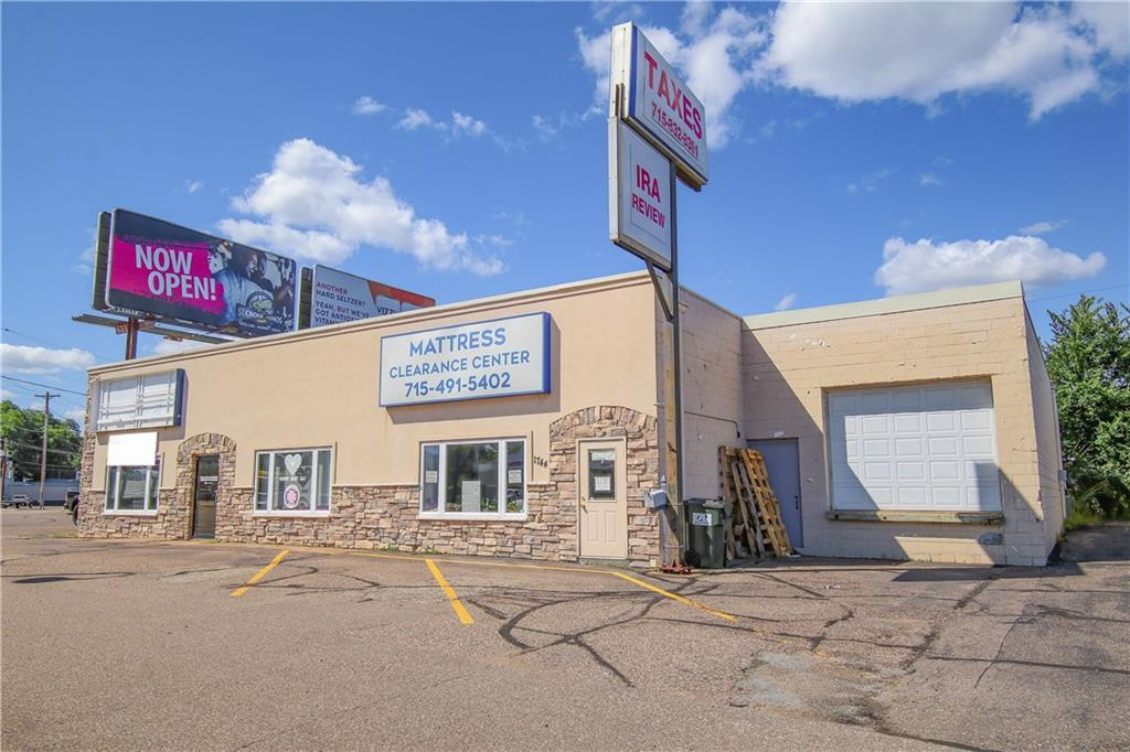 1740 Brackett Avenue Property Photo - Eau Claire, WI real estate listing
