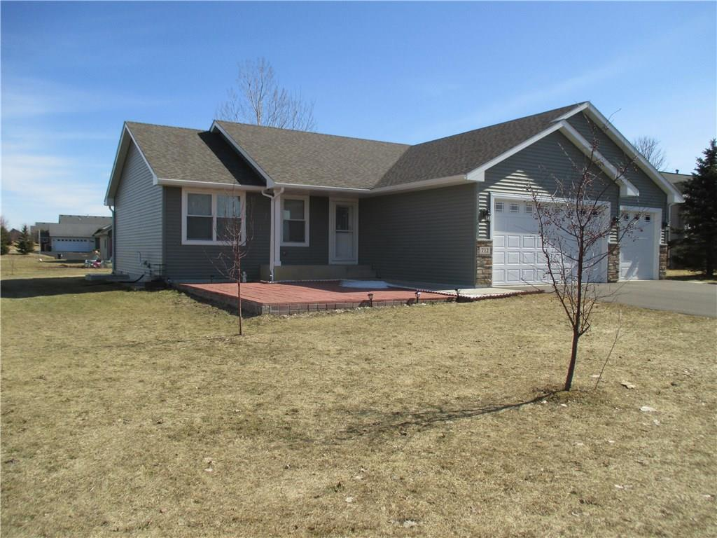 701 Sarah Anne Avenue Property Photo - Roberts, WI real estate listing