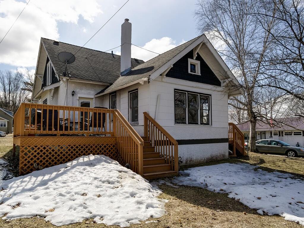 206 E Race Avenue, Elmwood, WI 54740 - Elmwood, WI real estate listing