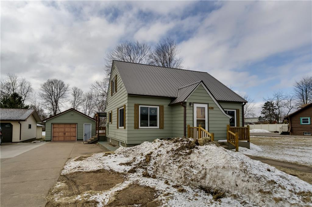 1824 17th Avenue, Bloomer, WI 54724 - Bloomer, WI real estate listing