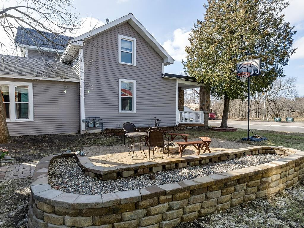 307 E Lincoln Street #307 and 309, Augusta, WI 54722 - Augusta, WI real estate listing