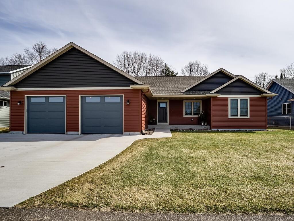239 Autumn Drive, Altoona, WI 54720 - Altoona, WI real estate listing