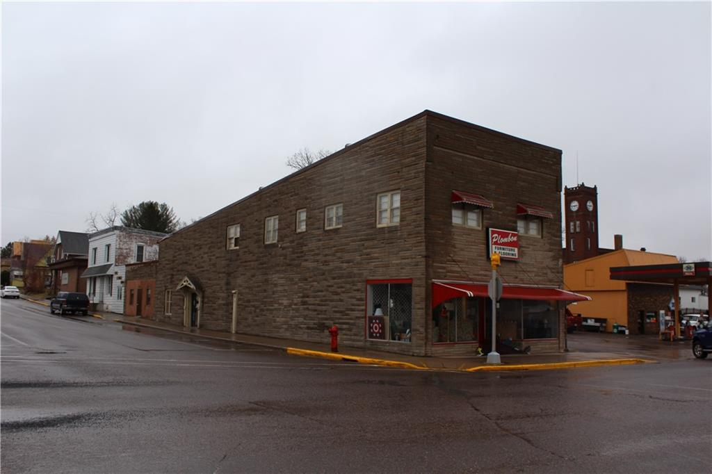314 N Broadway Street Property Photo - Stanley, WI real estate listing