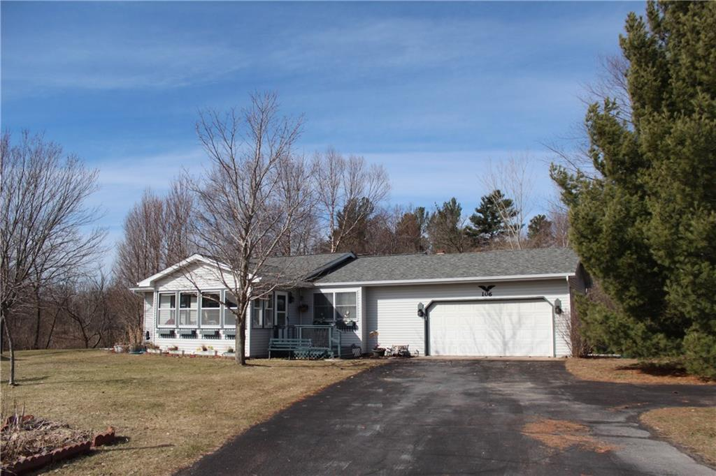 106 Maple Circle Property Photo - Grantsburg, WI real estate listing
