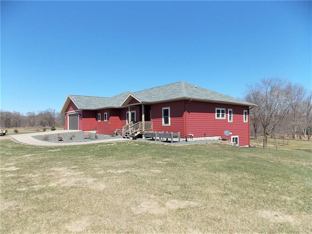 1463 18th Street Property Photo - Barron, WI real estate listing