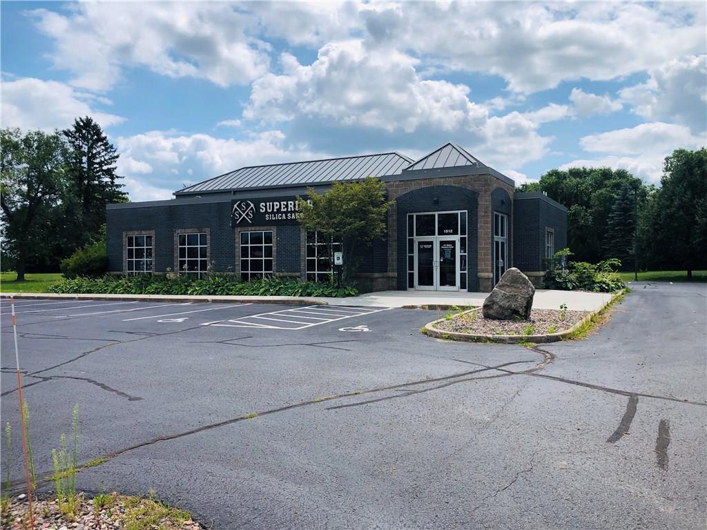 1512 E Division Avenue Property Photo