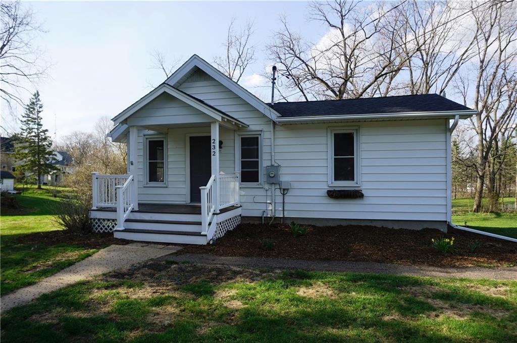 232 W Strickland Street Property Photo - Ellsworth, WI real estate listing