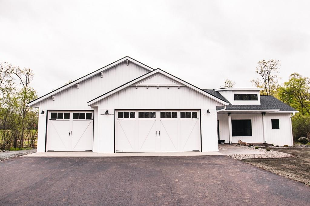 2195 105th Street Property Photo