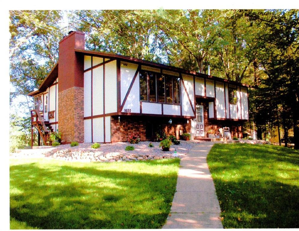 1620 Harbor Drive Property Photo - Cumberland, WI real estate listing