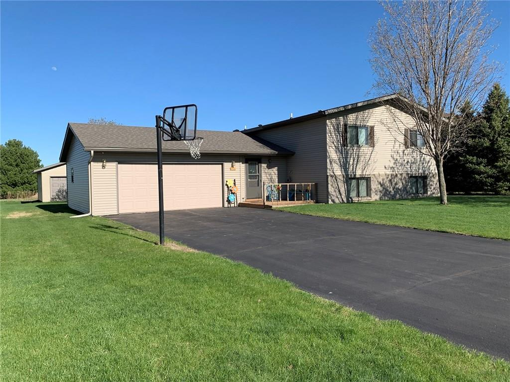 125 Hialeah Street Property Photo - Osceola, WI real estate listing