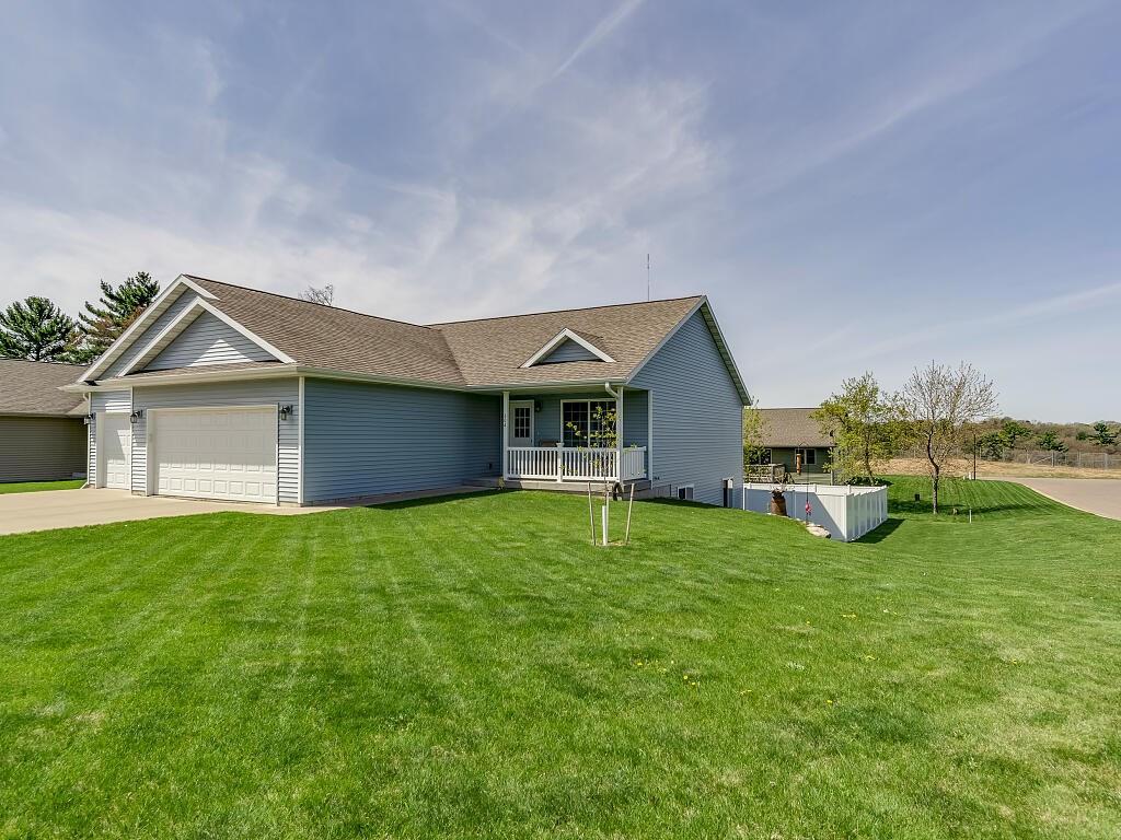 604 S Willson Drive, Altoona, WI 54720 - Altoona, WI real estate listing