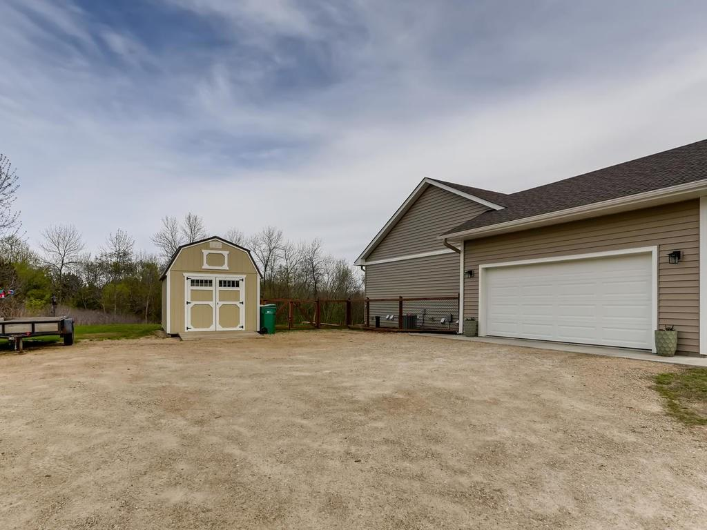 1059 Autumn Oak Lane, Hudson, WI 54016 - Hudson, WI real estate listing
