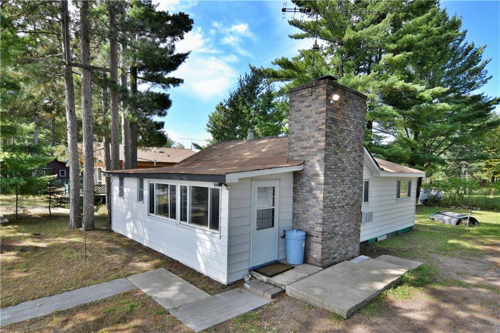 2089 Sunnyside Road Property Photo