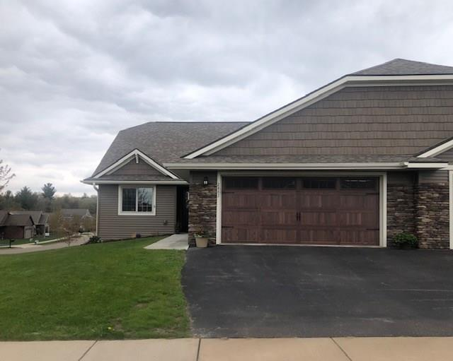 2882 Longwing Court Property Photo - Altoona, WI real estate listing