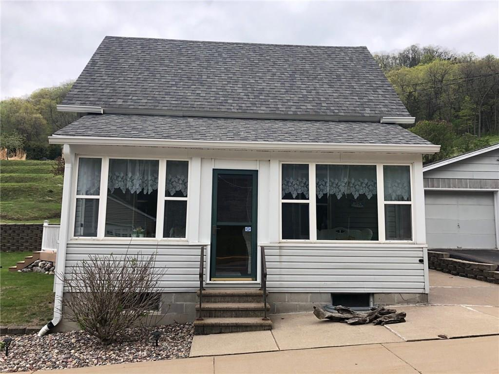 309 North Street Property Photo - Fountain City, WI real estate listing