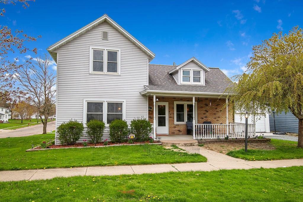 107 N Boyd Street Property Photo - Boyd, WI real estate listing