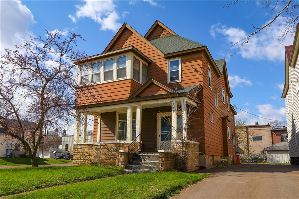 668 Wisconsin Street Property Photo - Eau Claire, WI real estate listing