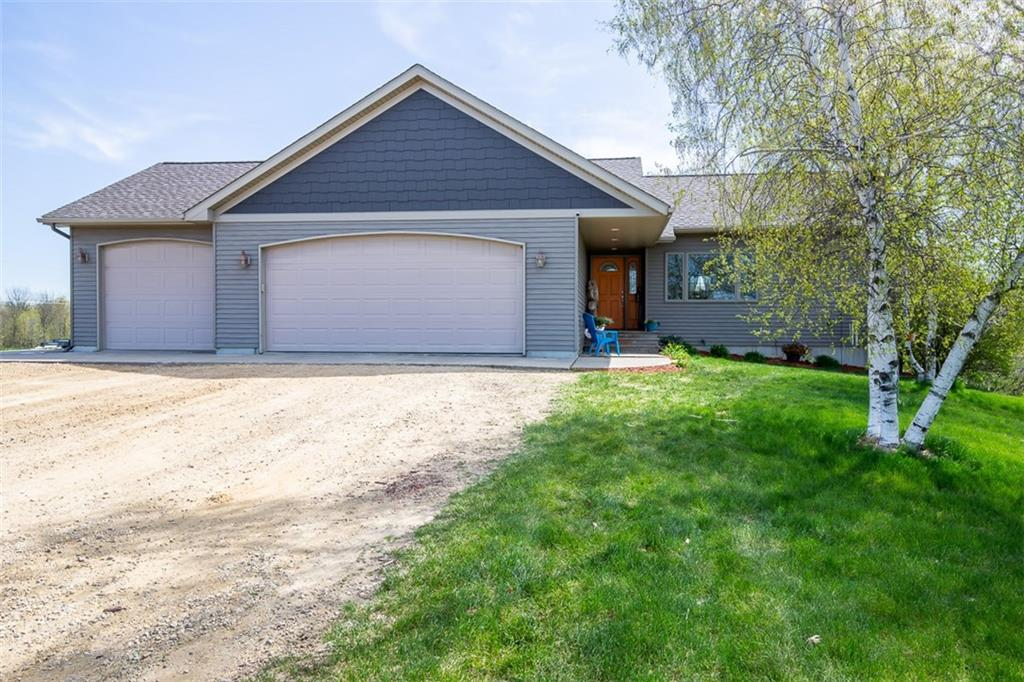 W4418 825th Avenue Property Photo - Spring Valley, WI real estate listing
