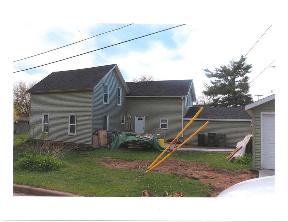 224 E Washington Street Property Photo - Augusta, WI real estate listing