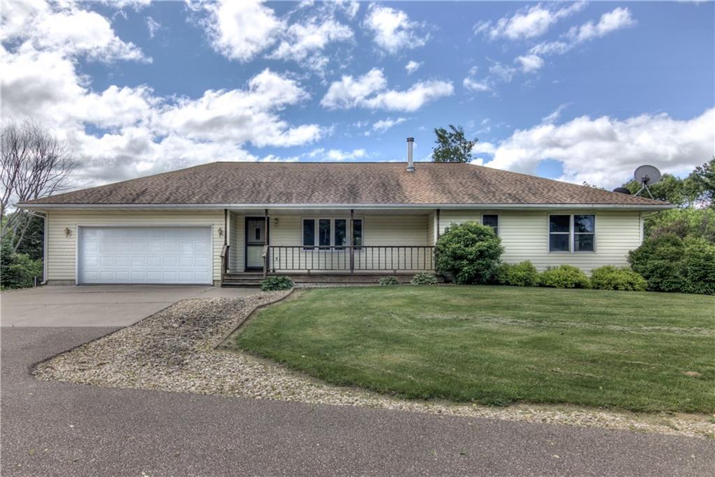 W4575 Maple Ridge Road Property Photo - Mondovi, WI real estate listing