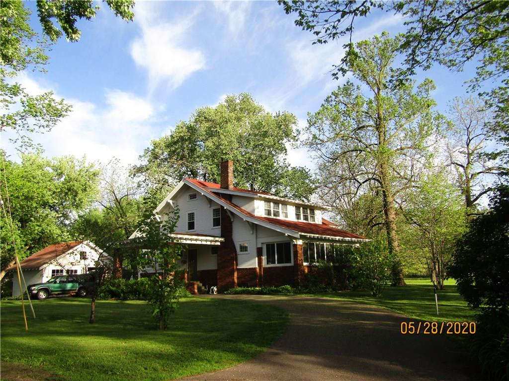 E10827 Park Avenue Property Photo - Osseo, WI real estate listing