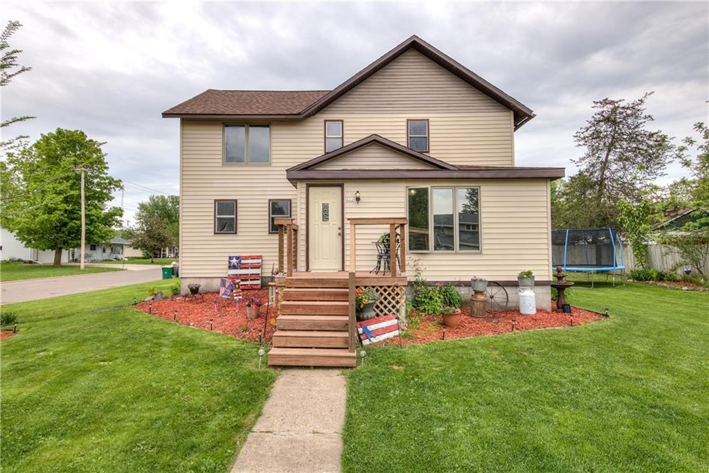 221 N 6th Street Property Photo - Cornell, WI real estate listing