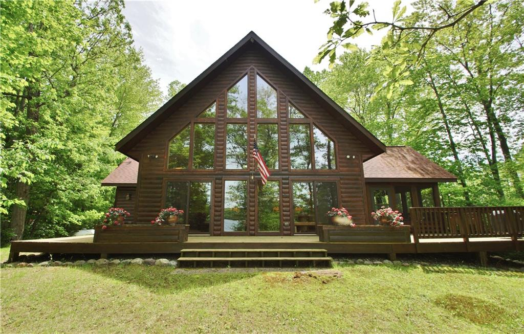 15240 W Allendale Lane Property Photo - Stone Lake, WI real estate listing