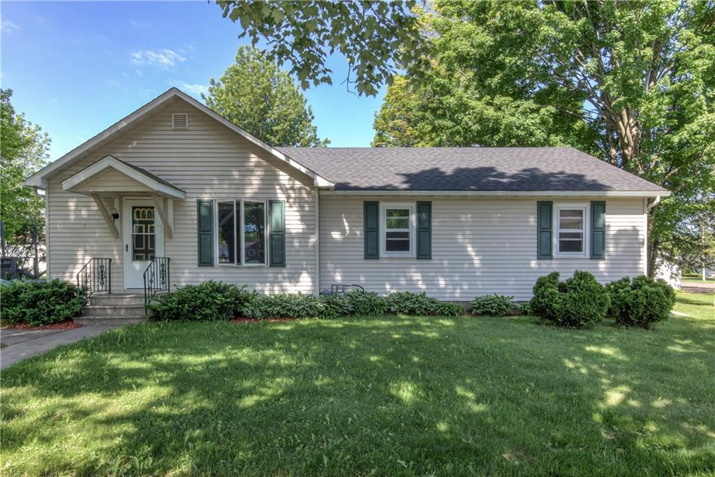 212 N 7th Street Property Photo - Cornell, WI real estate listing