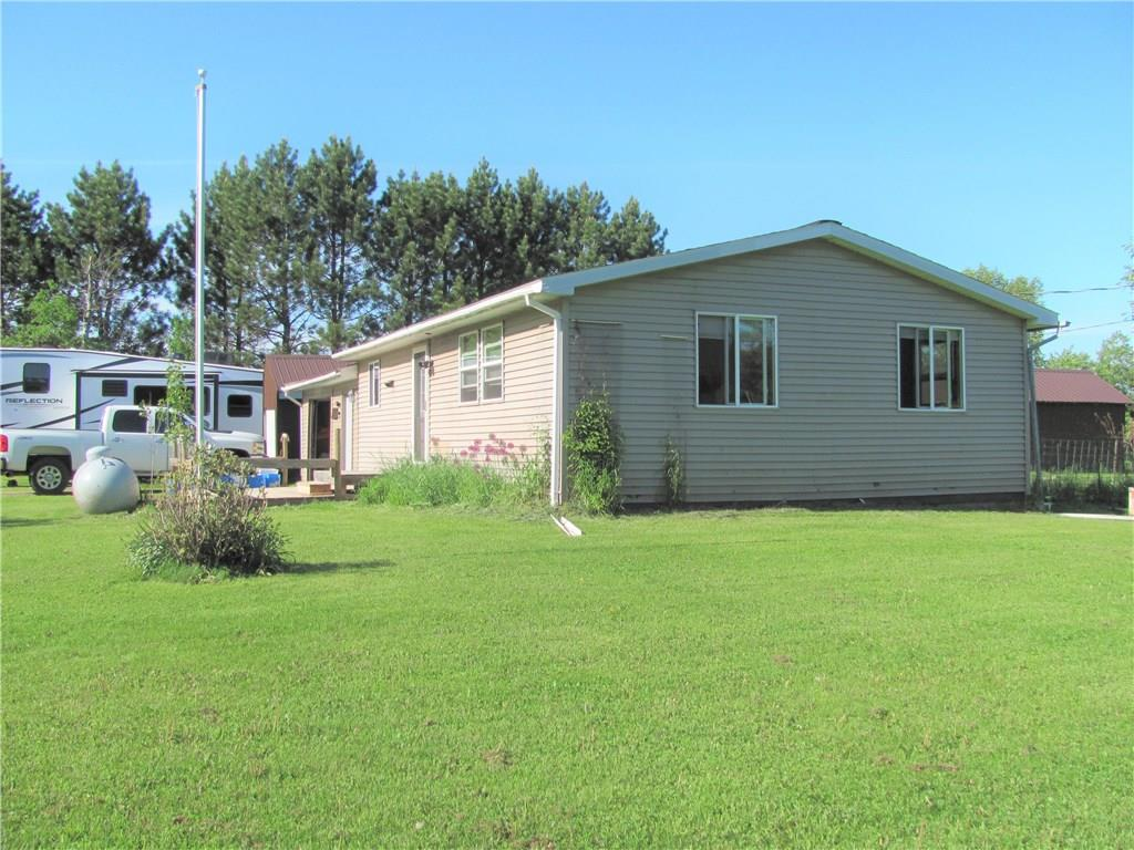 7490 N Fish Trap Lake Rd Road Property Photo