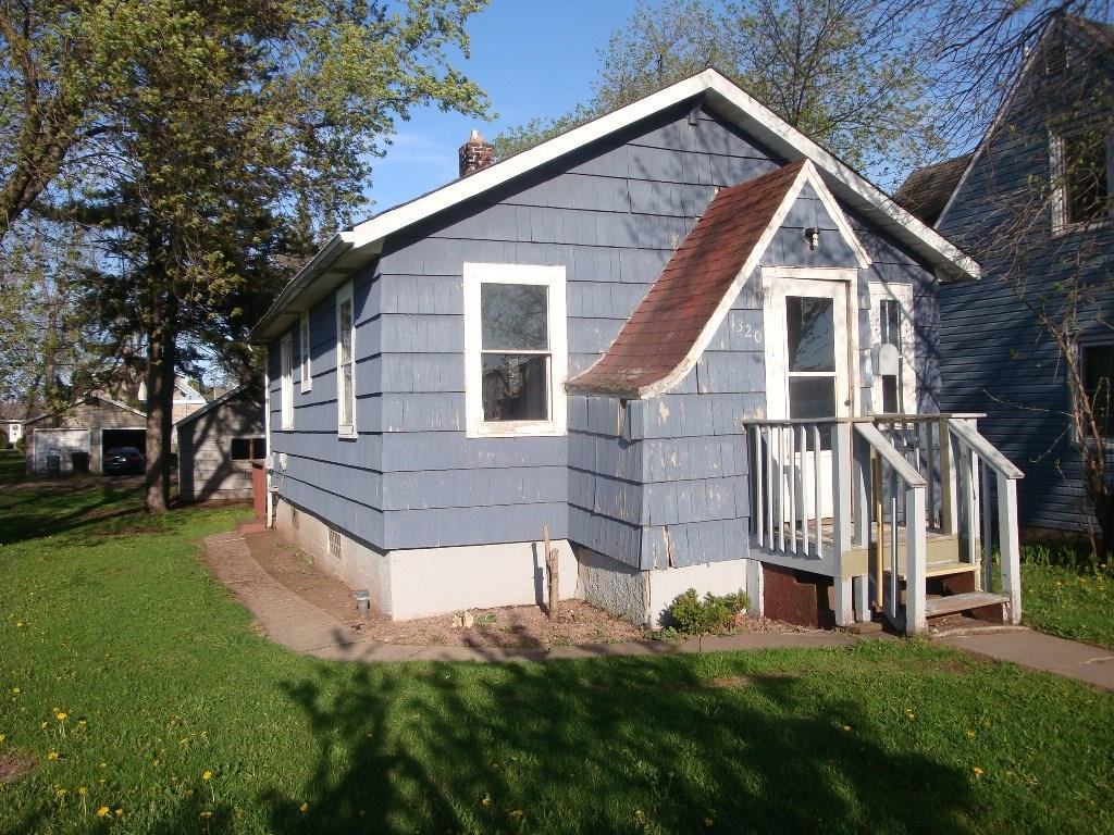 1320 Fisher Avenue Property Photo - Superior, WI real estate listing