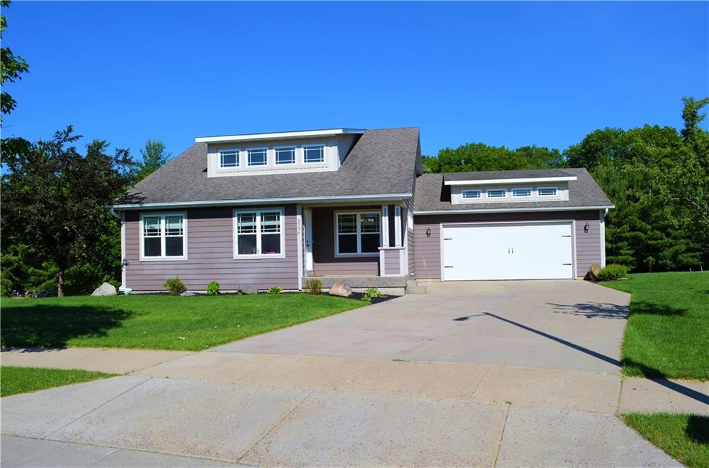 2536 Cottagewood Lane Property Photo - Altoona, WI real estate listing