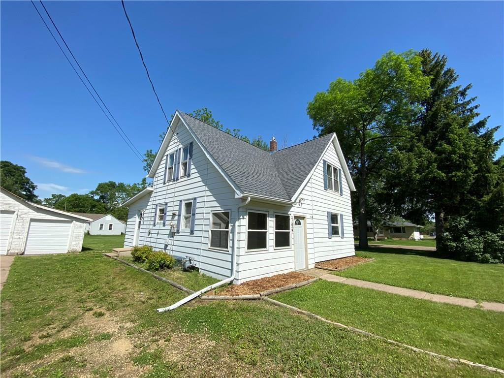 709 Ash Street Property Photo - Colfax, WI real estate listing