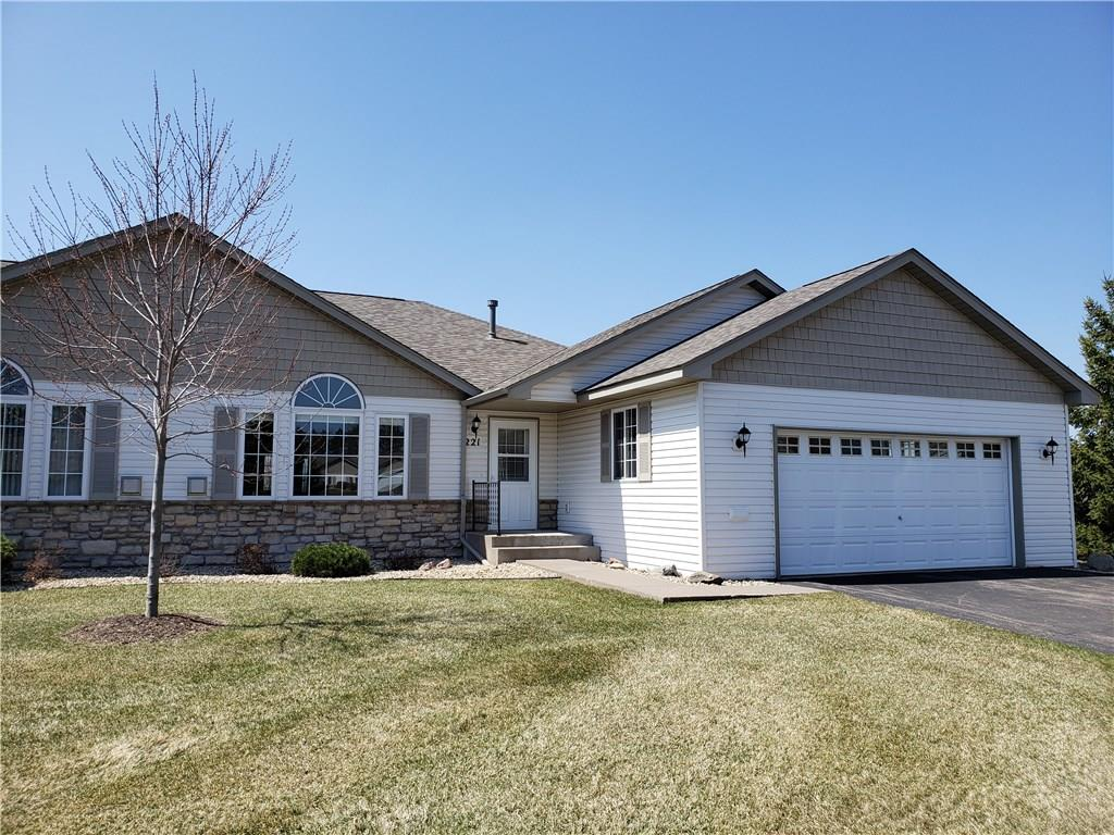 221 Bluff Drive Property Photo - Somerset, WI real estate listing