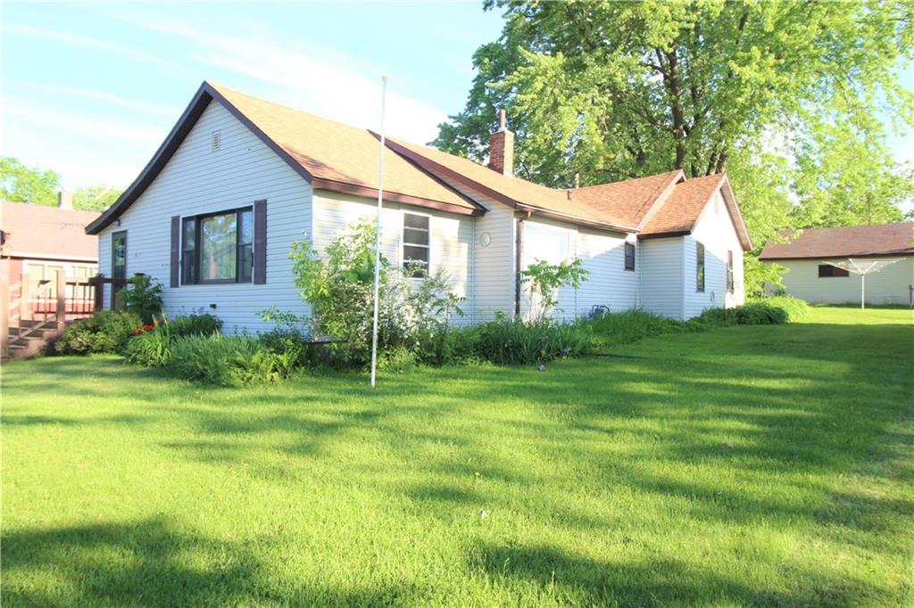 109 7th Avenue Property Photo - Shell Lake, WI real estate listing
